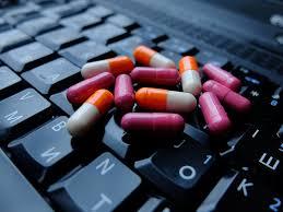 Госдума приняла закон об онлайн-продаже лекарств