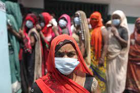 ВОЗ: индийский штамм опасен на свежем воздухе