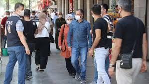 В Турции возобновили масочный режим