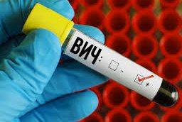 Чиновники начинают войну против отказывающихся от ВИЧ-терапии
