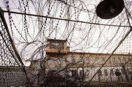 В тюрьмах масштаб заболеваемости туберкулезом, ВИЧ и сифилисом близок к эпидемии