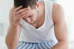 Болят яички: что делать?