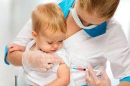 Прививки детям: график вакцинации и особенности процедуры