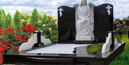 Что влияет на стоимость памятника на могилу?