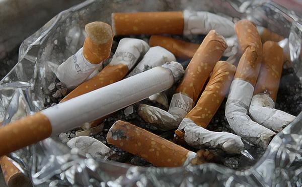 ВОЗ устала повторять: курение не защищает от коронавируса