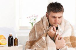 Гдеправильно лечить простуду: дома иливбольнице?
