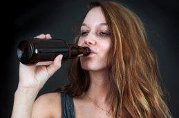 Алкоголь вызывает инфаркты из-за токсического железа