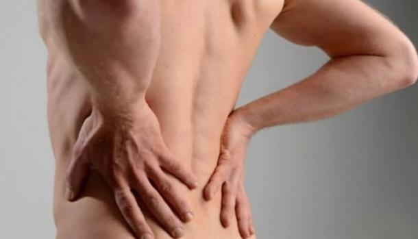 О неочевидных симптомах болезней почек рассказали врачи