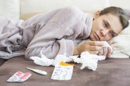 Уловки, которые помогут не свалиться зимой с простудой или вирусом