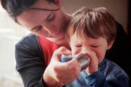 Основные симптомы отека бронхов: не путать с пневмонией!