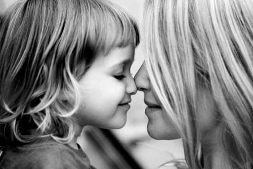 ВИЧ-инфицированным могут разрешить усыновление детей