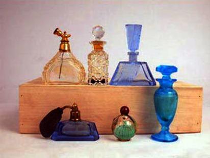 Как избежать аллергии на парфюм?