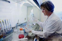 Настоящая революция: нашелся ключ к сильнейшей вакцине против ВИЧ и гриппа
