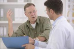 Обрезание снижает риск заражения ВИЧ у мужчин