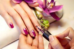 Красивые ногти. Аппаратный маникюр в Одессе.