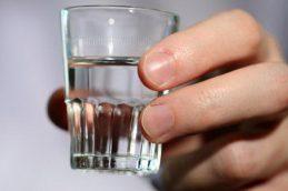Как очистить водку или спирт?