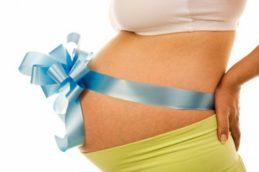 Повышенное давление при беременности может стать причиной лишнего веса у ребенка